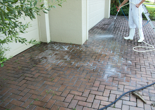 Commercial Sidewalk, Walkway, and Common Area Cleaning